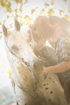 country-horses-lafayette-engagement-photography-06
