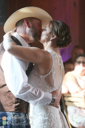 hidden-hollow-farm-wedding-photography-58