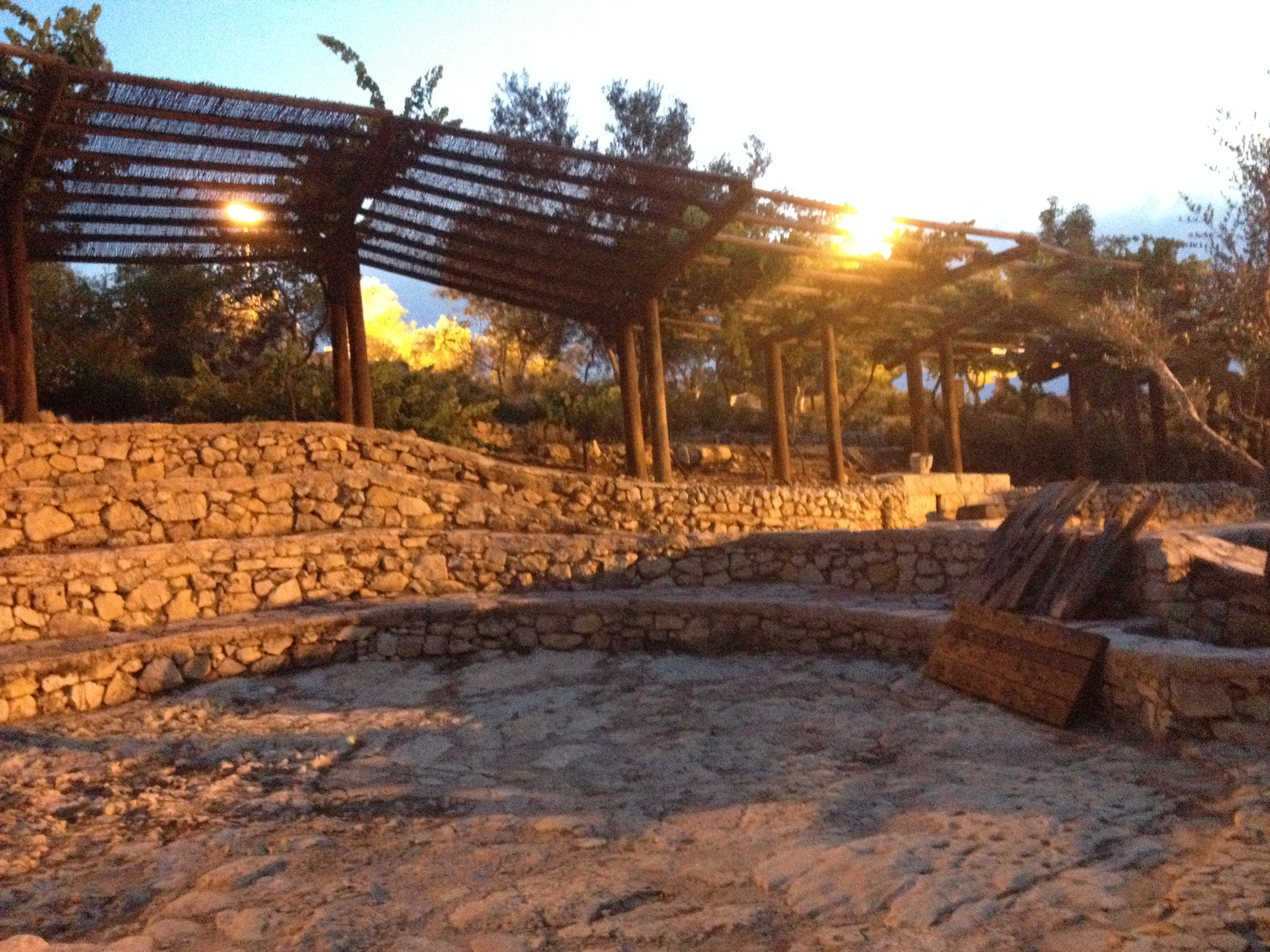 The original and real location of the jewish temple for Threshing floor