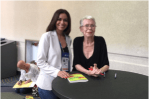 <center>Sneha Shah with Louise Hay</center>