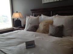 Bedroom016