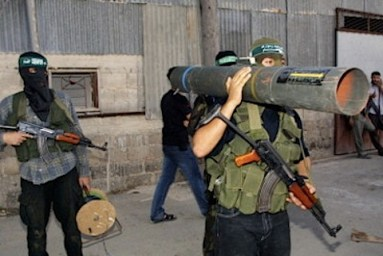 hamas-terrorists-with-mortar-launcher