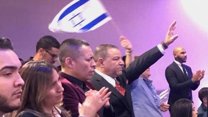 Ha'aretz: American Jewish groups court Hispanics to create allies for Israel