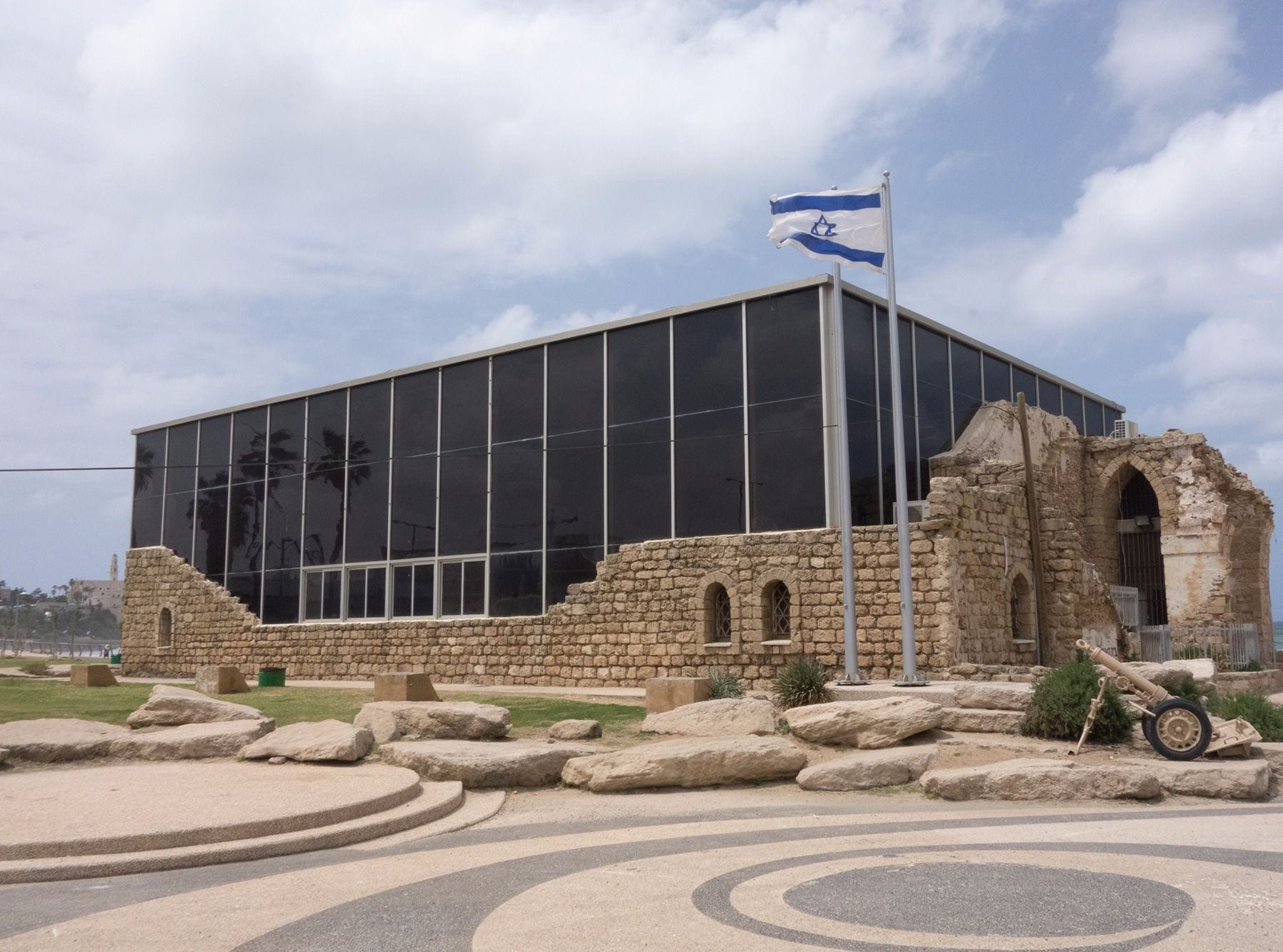 How Jaffa's Etzel House Stands At Odds With History