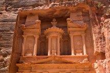 Al-khazneh-in-petra -jordan Isramisrael