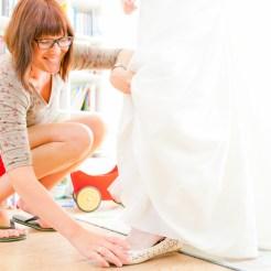 Schoen van de bruid worden aan gedaan