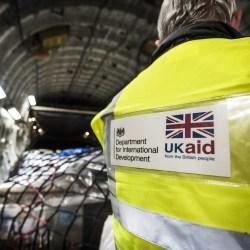 EADI/ISS Series | Re-Politizing the European Aid Debate by Iliana Olivié and Aitor Pérez