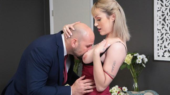2489bef9797abab13b7c34fbb13df6e7 l - Maxim Law - Always The Bridesmaid 2019