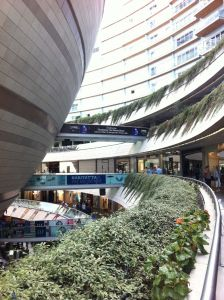 Shopping-Center Kanyon