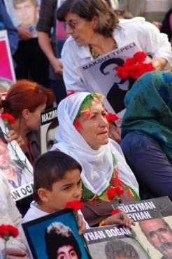 istanbul_cumartesi_anneleri_saturday_mothers_taksim_ozgurozkok-13
