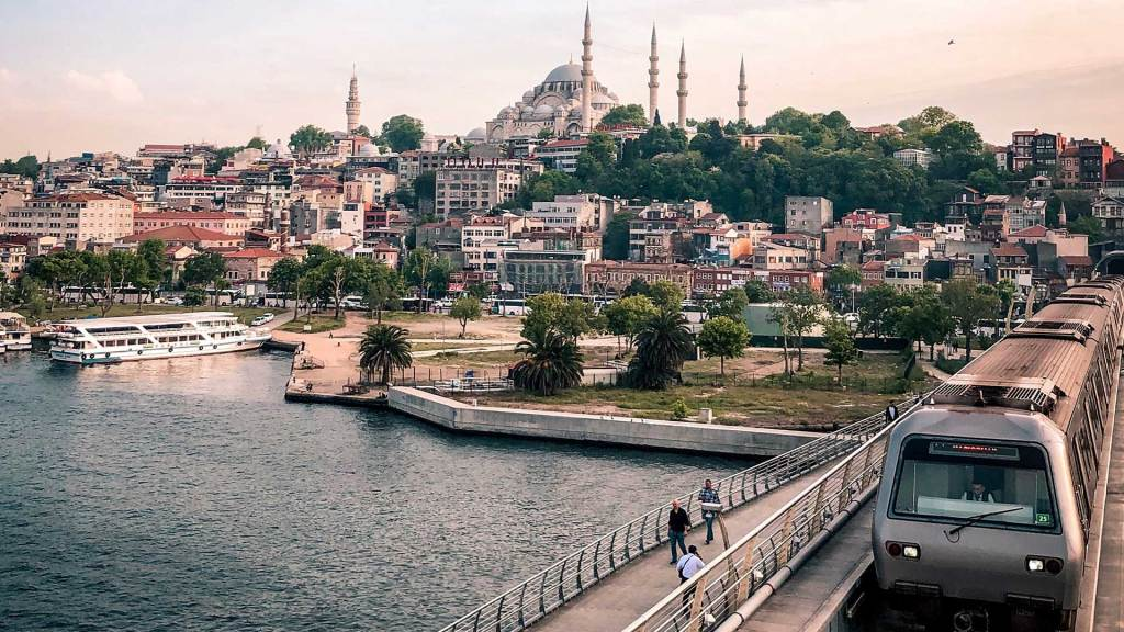 Istanbul Metro Train and Blue Mosque - Istanbul Vacation Tips