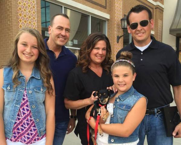 Officer Jeff O'Rear adopts Chihuahua saved from hot car