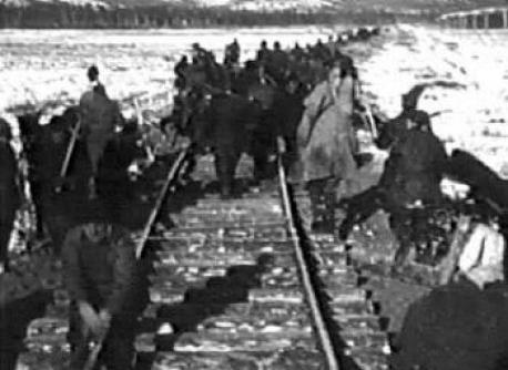 Image result for deportarea romanilor din basarabia photos