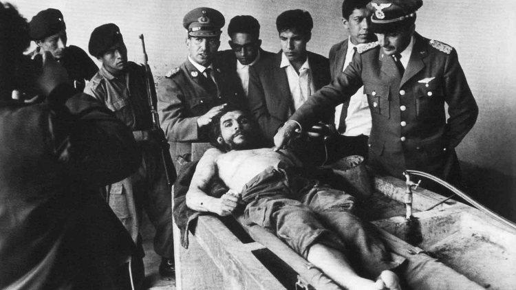 La foto della morte di Ernesto Che Guevara di Marc Hutten
