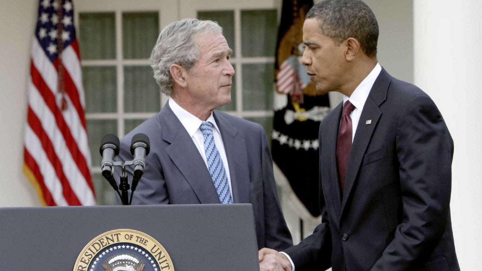 barack obama e geroge w. bush