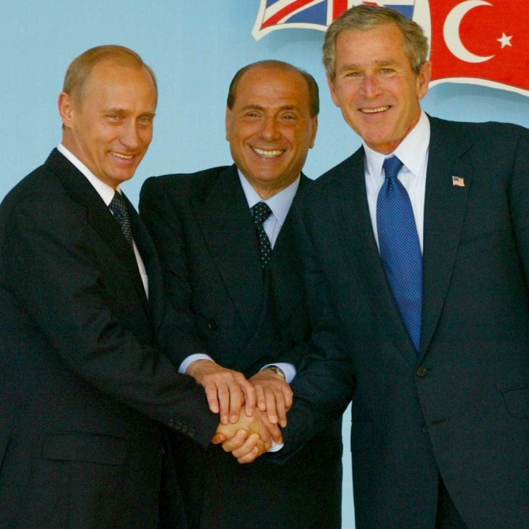 Il primo fallimento del G8 di Genova