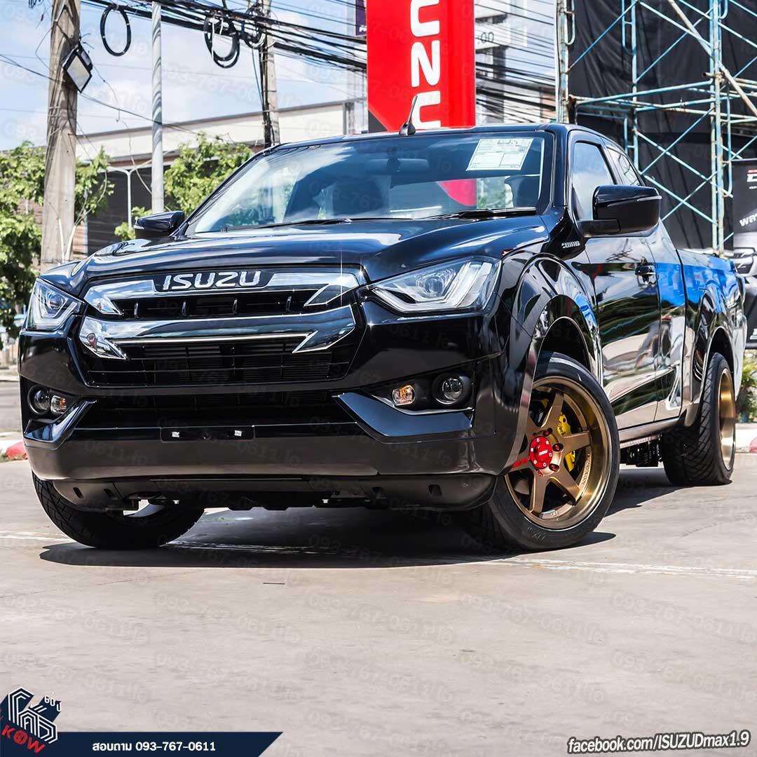 all new isuzu dmax 2020 black 01