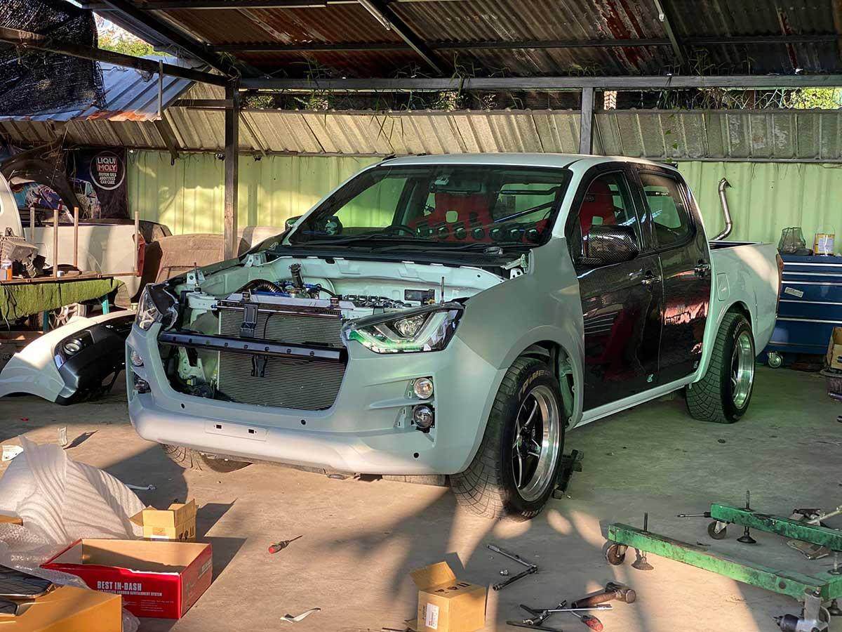 all new isuzu dmax 2020 facelift 01
