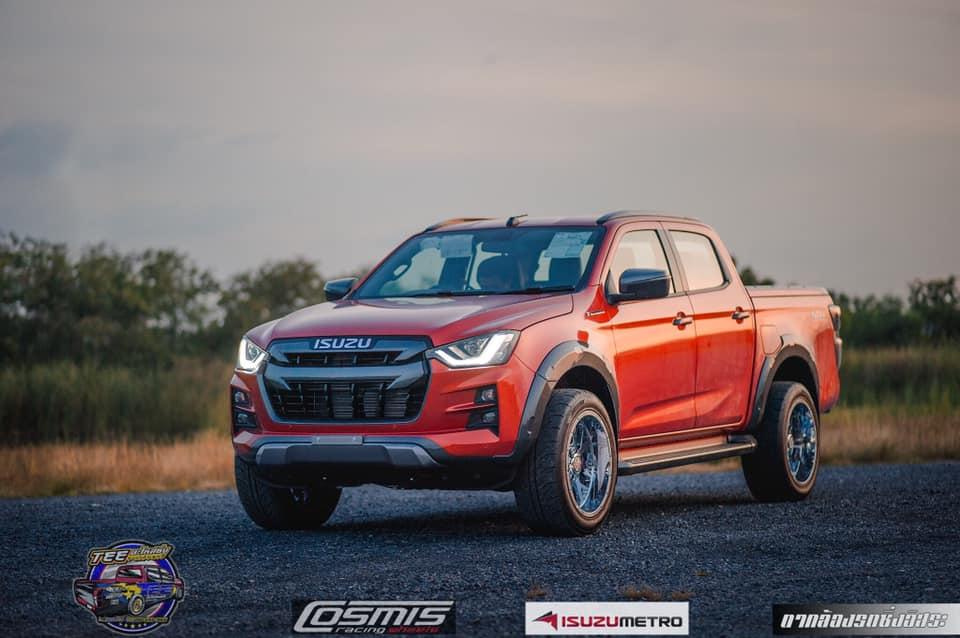 all new isuzu dmax vcross 2020 orange 03