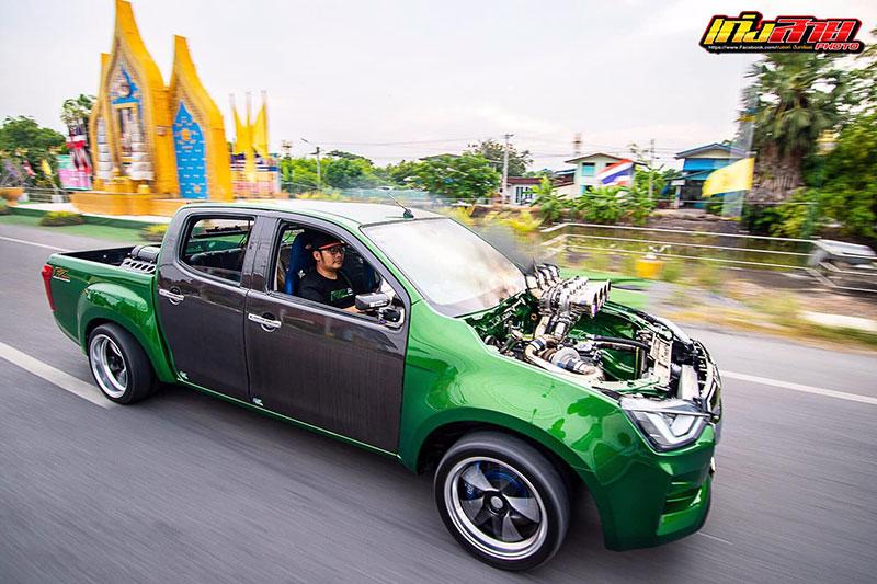all new isuzu dmax green 04