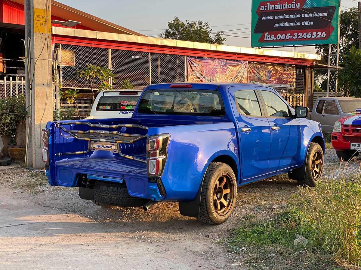 isuzu 2020 blue ashop 08