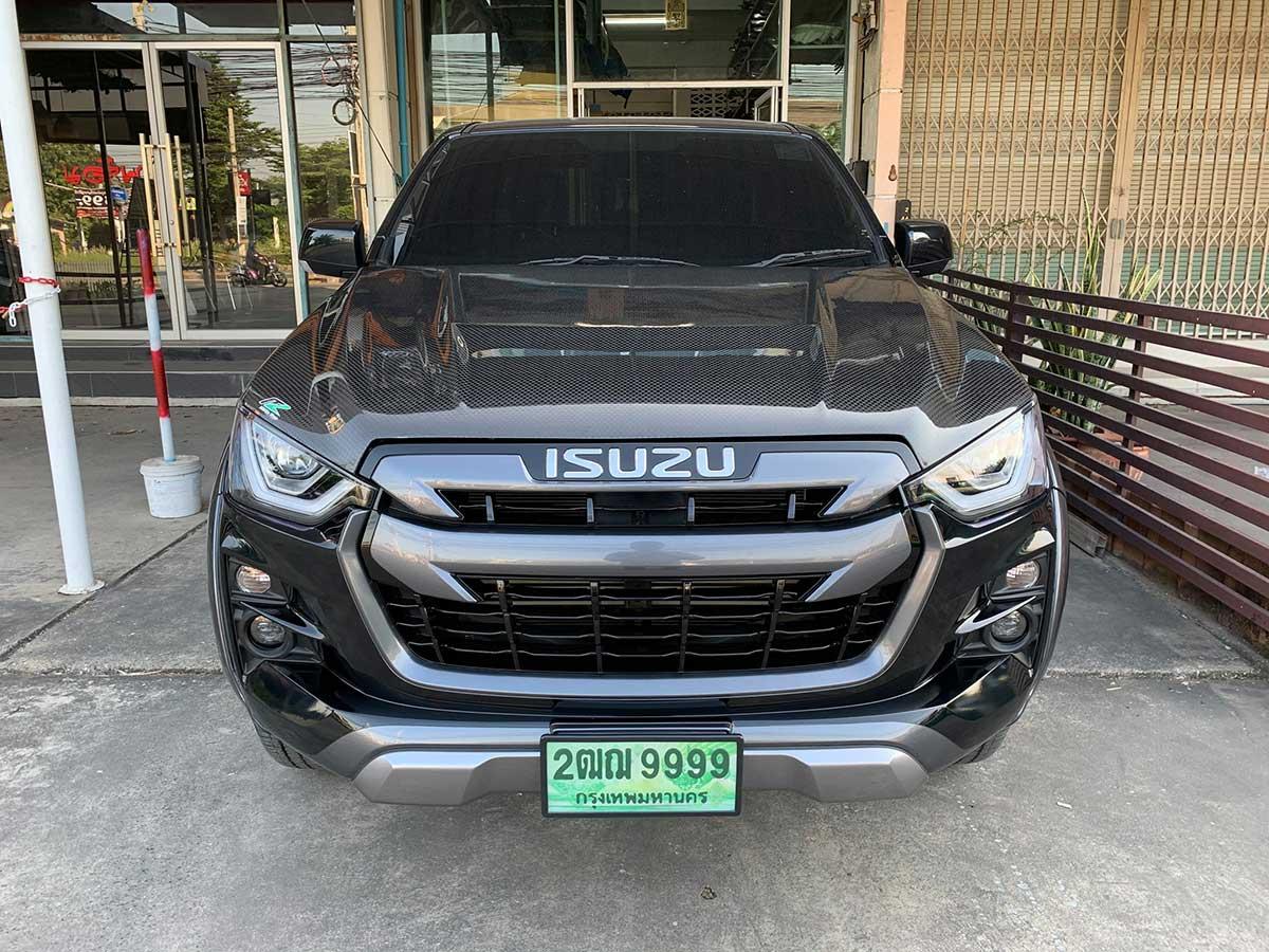 isuzu stealth to isuzu vcross 2020 08
