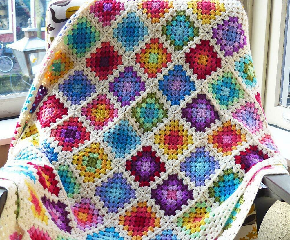 hight resolution of colourful granny square blanket