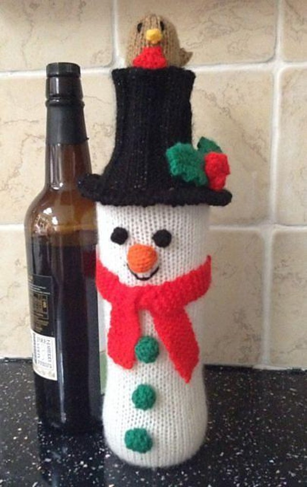 Christmas Snowman Wine Bottle Cover Knitting pattern by