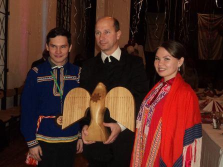 Vitalii Sigiletov és Larisza Miljahova hanti vendégek Gáll Attila polgármesterrel