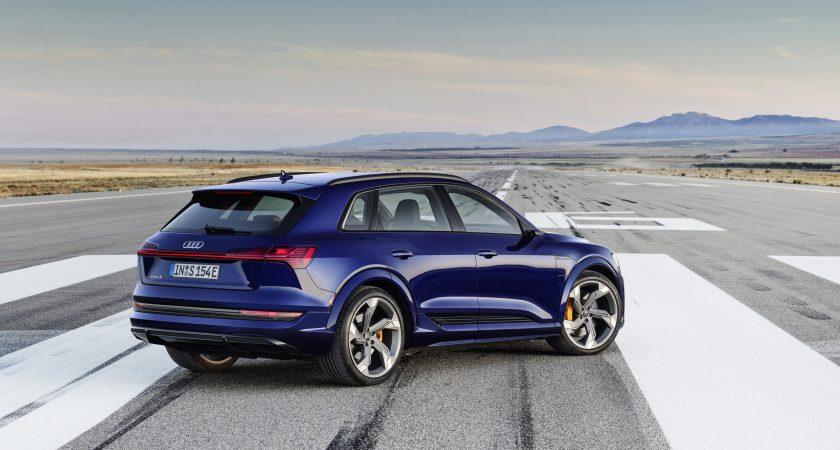 Audi ökar med eldrivna e-tron som draglok