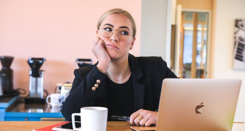 Majoritet av kontorsarbetare öppna för ändrad lön vid fortsatt distansarbete