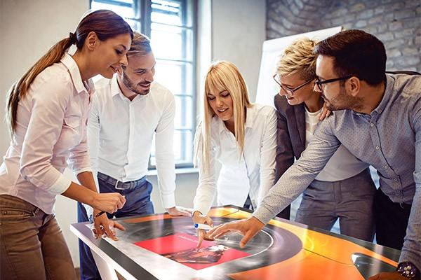 Tips: Framtidens uppkopplade arbetsplats underlättar samarbete