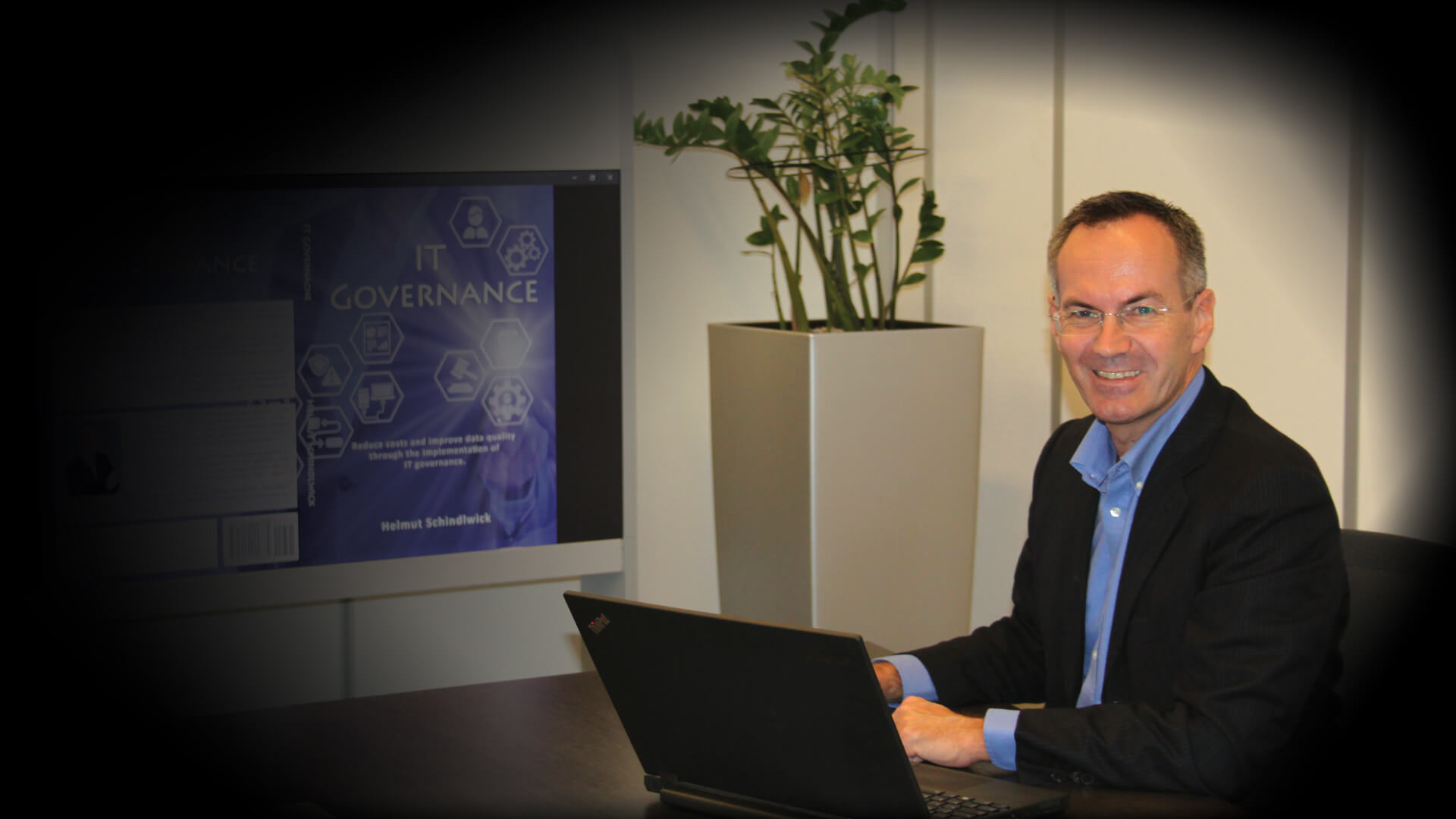 Helmut Schindlwick presenting IT Governance Book