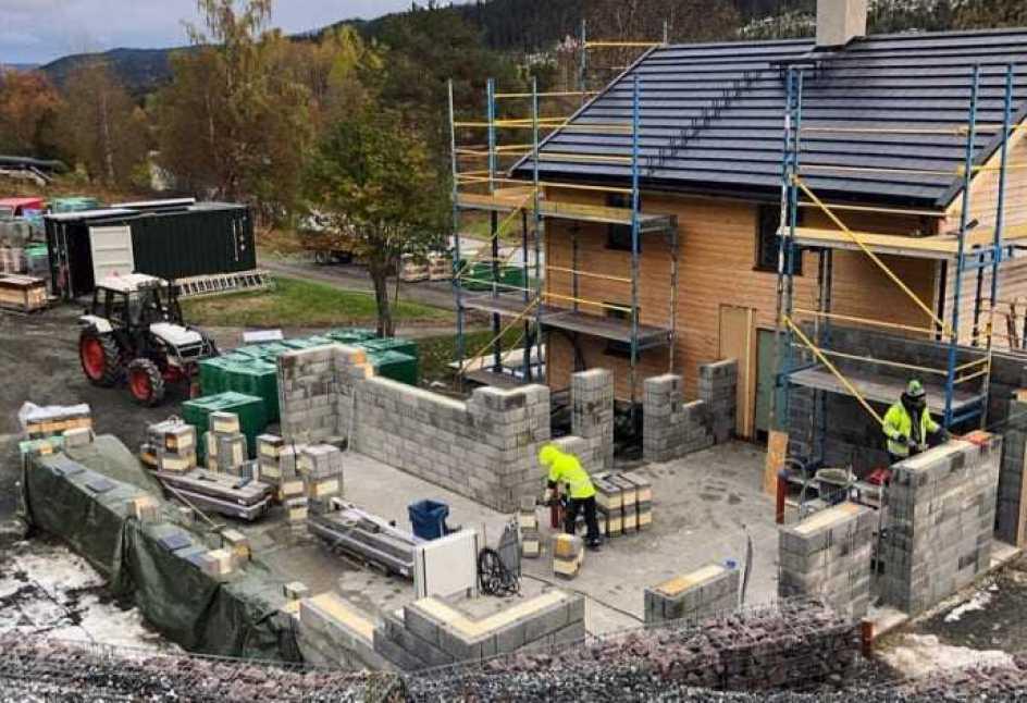Hållbara materialval och lösningar när Sara Hector bygger Hållbara huset 1