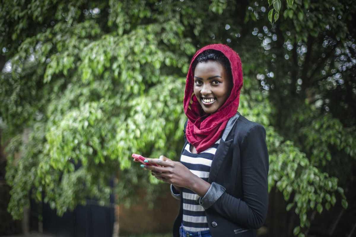 Swedfund investerar för kvinnors hälsa och egenvård i Östafrika 1