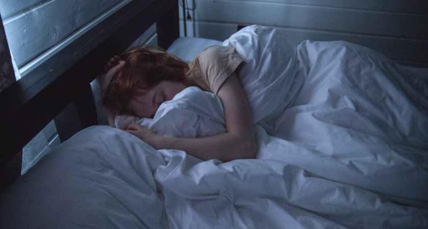 Sömn och trötthet kan påverkas av åldrande och skiftarbete