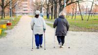 Hur kan äldre och personer med demens hantera information om Corona?