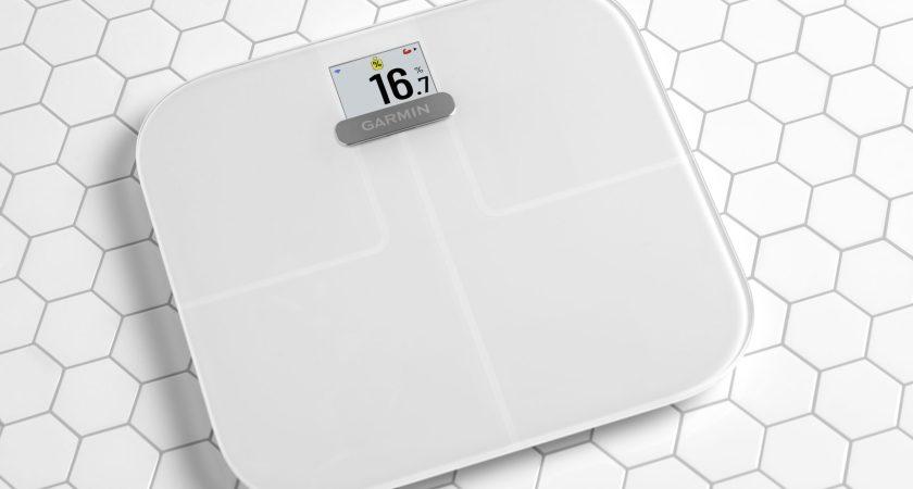 Mät mer än bara vikt med Index S2 smart scale från Garmin