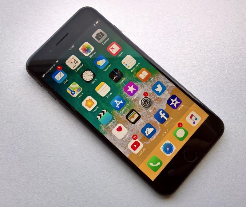 iPhone 6s продаются лучше новейших iPhone 8