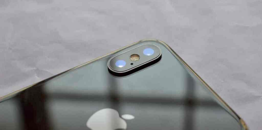 iPhone-X-Body-Shots-2