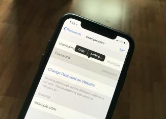 iOS-12-Share-Password-AirDrop-Featured