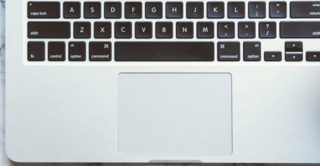 Macbook-Keyboard-on-Marble-Closeup-745×386