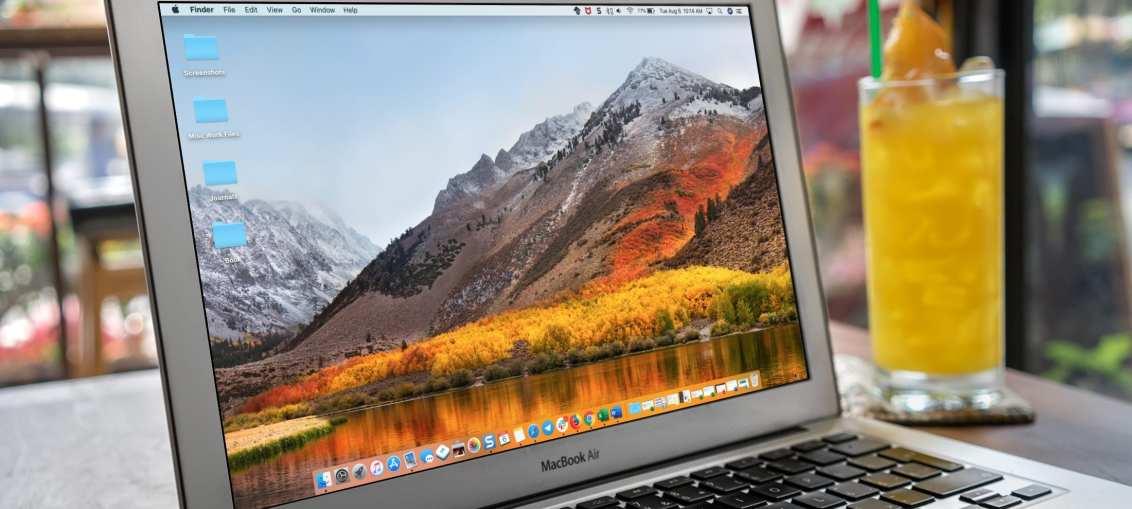 Change-Mac-Wallpaper-Screen-Saver-MacBook-Air