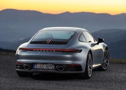Den nye Porsche 911 – stærkere, hurtigere, digital