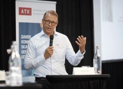 Wakeup-call: Danmark sakker agterud på teknologi