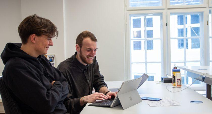Robot startup nomineret til E-handelsprisen for at automatisere indhold i danske webshops