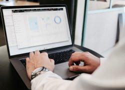 SAS tilbyder et  gratis digitalt værktøj til at vurdere en virksomheds analytiske marketingkompetencer