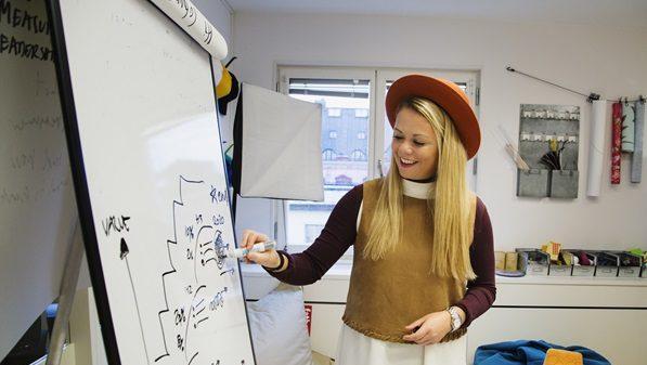 Innovationsexperten lever som hon lär