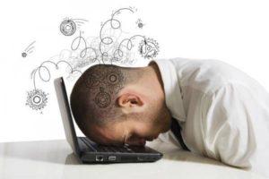 Många timmar framför datorn – så undviker du skador och obehag 1