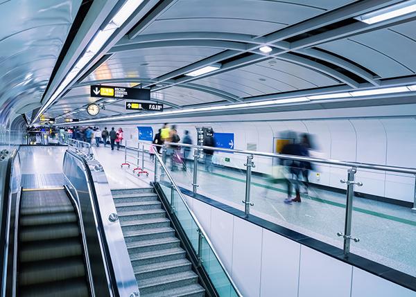 Flygplatserna måste bli smartare, inte bara större!